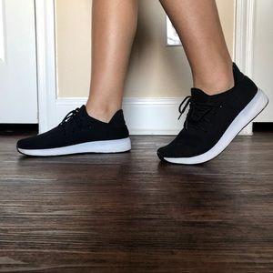 Size 9 Steve Madden/Girl Black Iconic Sneakers